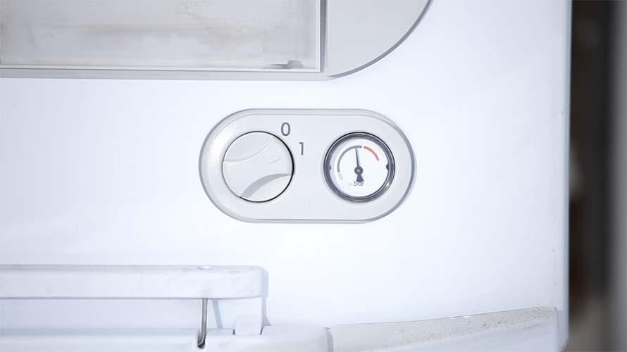 Central heating boiler pressure gauge