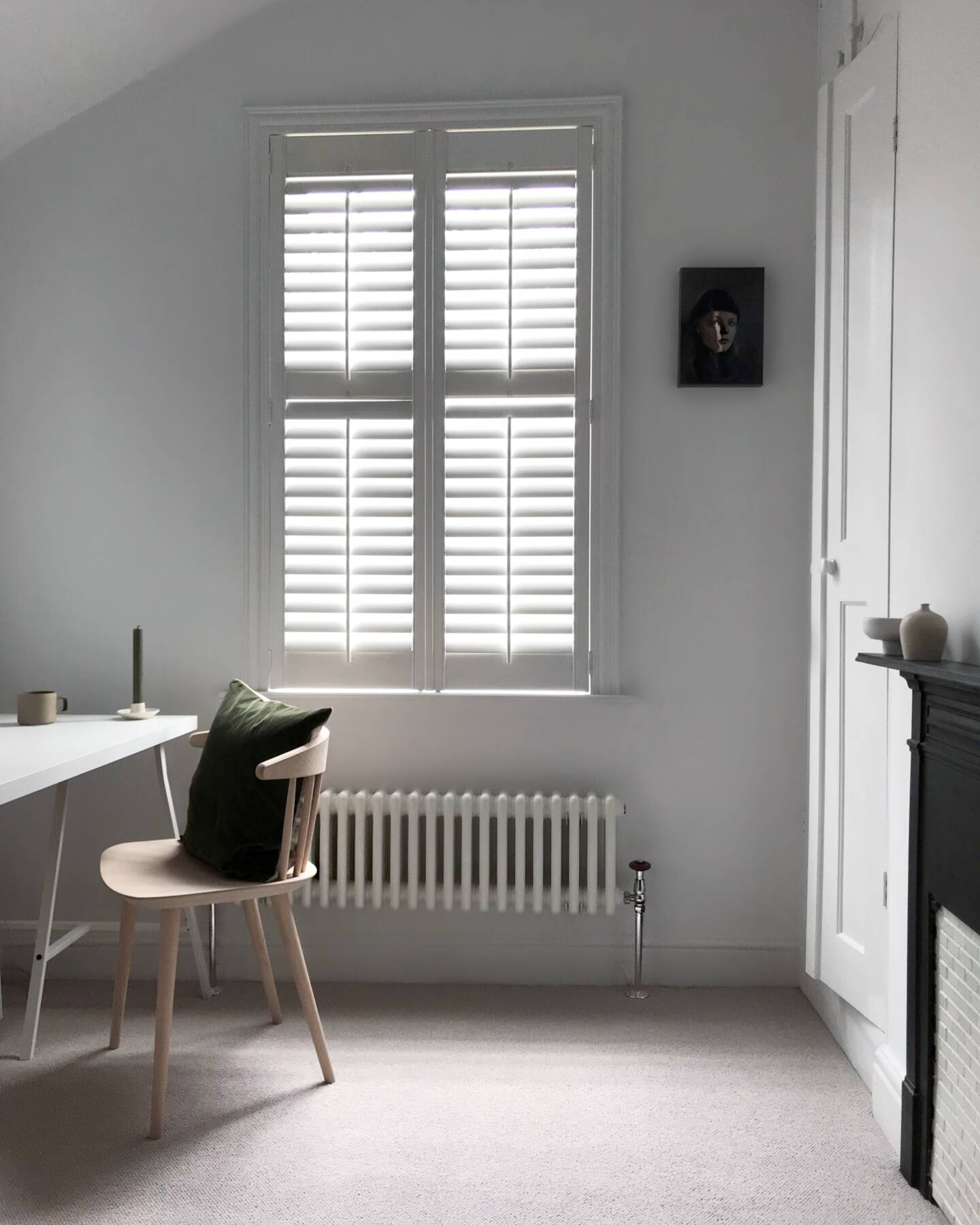 Donna's low level Milano Windsor column radiator under a window